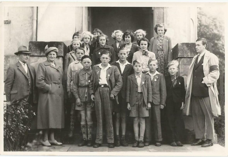 Gitte og Birthe Andersen, Landet skole, 1950?